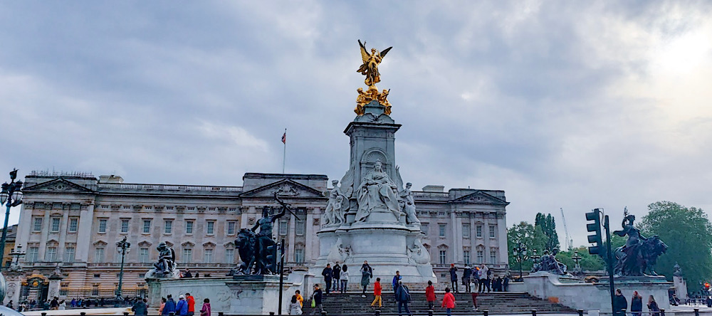 Queen Victoria Memorial London UK